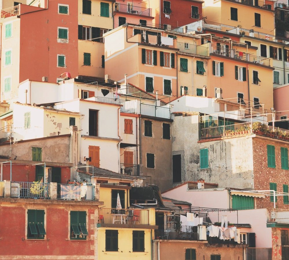 Redesigning Social Housing Against Poverty in Europe