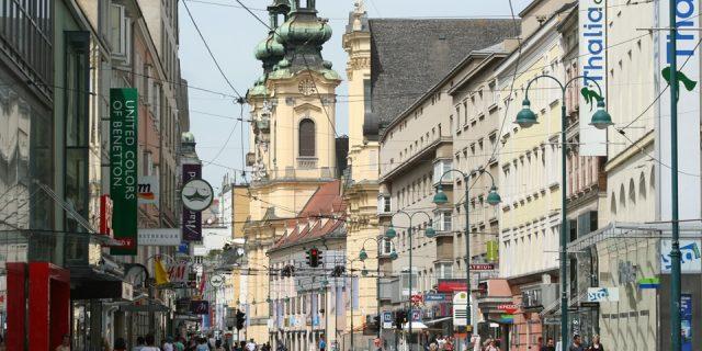 Kelet- és Közép-európai lakásrezsimek a lakásbérlés tükrében
